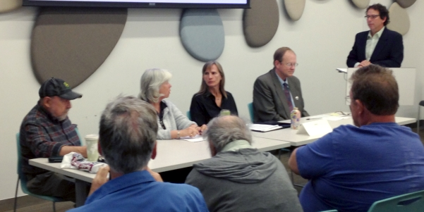 PBC Forum, L-R: Candidates Paul Danish, Deb Gardner, Elise Jones, Kevin Sipple and Moderator Bruce Goldstein